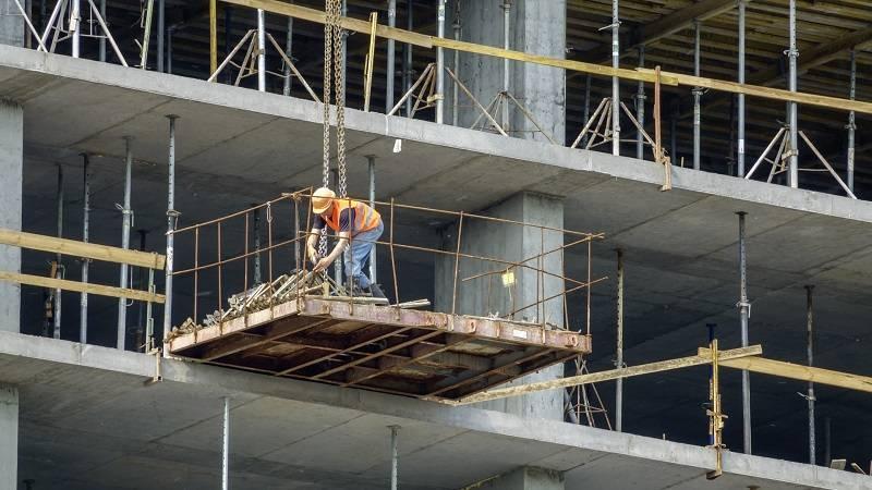 construcción muros acústicos